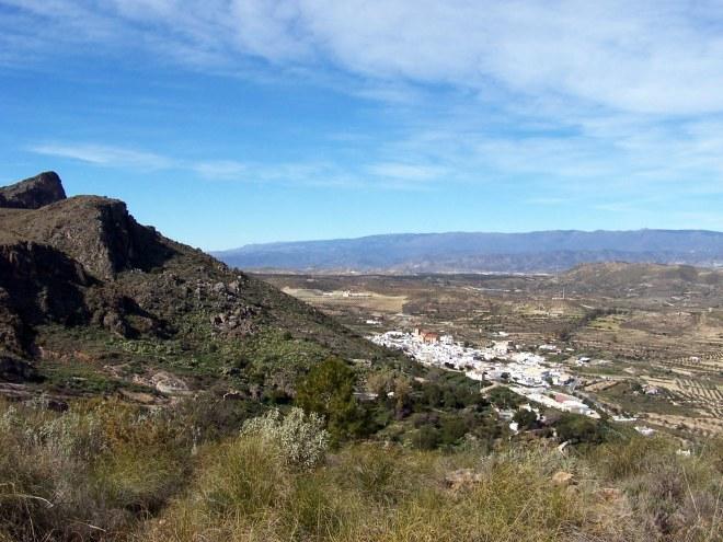 Lucainena de las Torres bajo la Peña