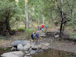 Cruzando el Río Bayárcal