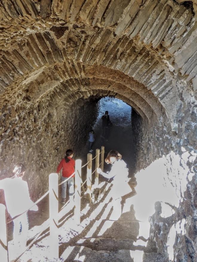 Túnel minas de Lucainena