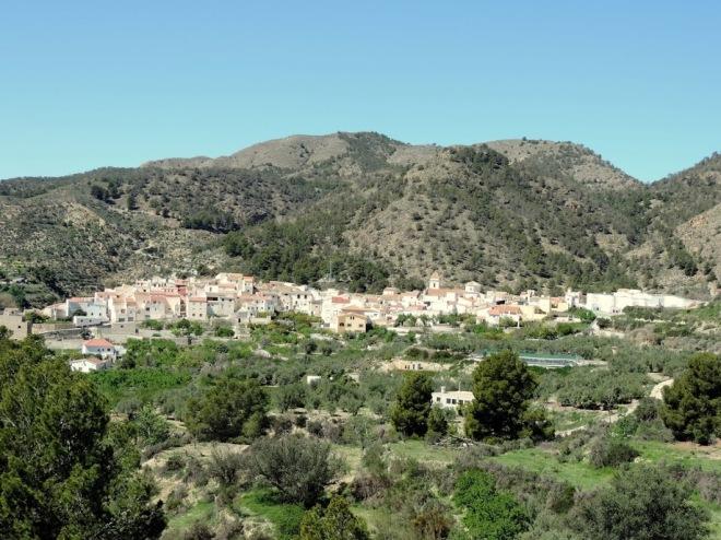 Vista de Urrácal desde el este